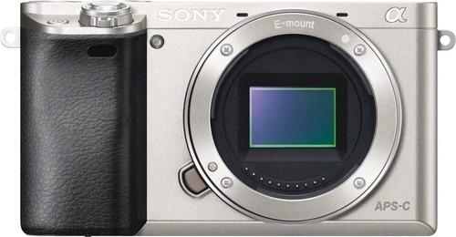 Sony Digital-Fotokamera 24,3MP,WiFi,NFC ILCE6000S.CEC