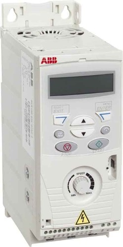 ABB Stotz S&J Frequenzumrichter EMV-Fi. 200-240V 4,7A 0,75KW ACS150-01E-04A7-2