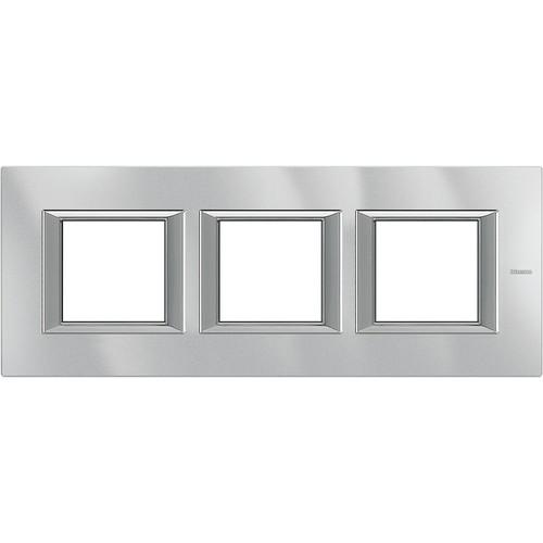 Legrand (SEKO) Axolute Rahmen hor.3-fach aluminium grau HA4802M3HHC