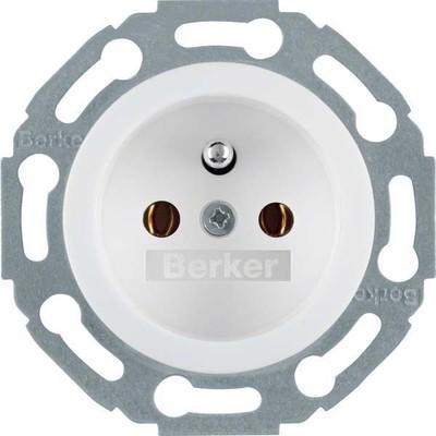 Berker Steckdose weiß mit Zentralstück 676579